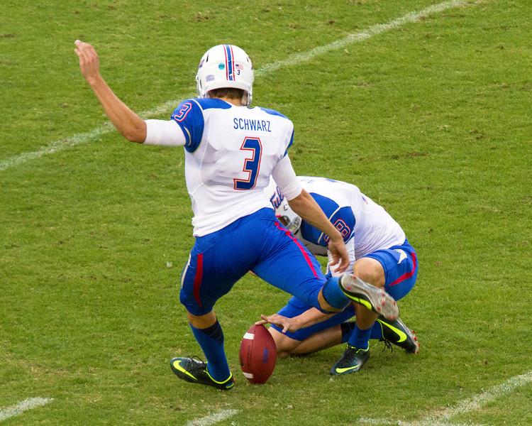 Tulsa kicker Schwartz adds an extra point