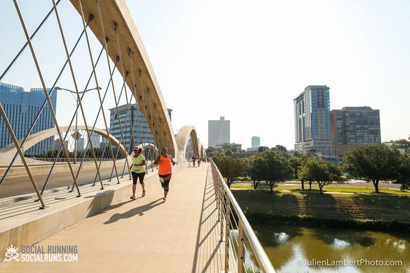Fort Worth-Social Running_917-0445.jpg