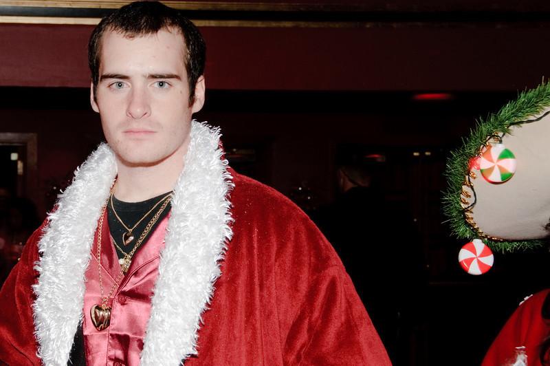 2009 ALS Santa Crawl-178.jpg
