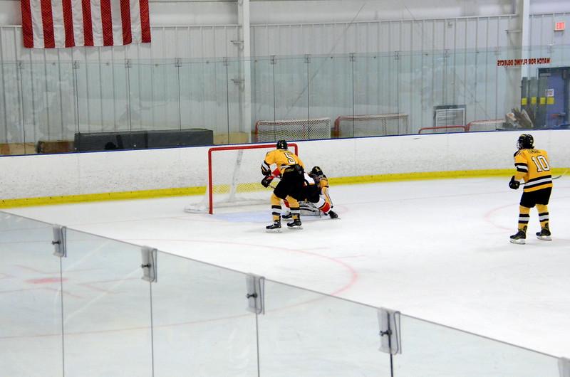171008 Junior Bruins Hockey-068.JPG
