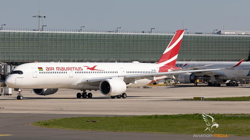 A350_787A4933.jpg