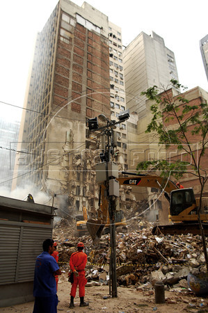 Three Buildings Collapse in Rio de Janeiro