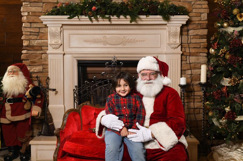 Santa2018.TylerBoye.-156.jpg