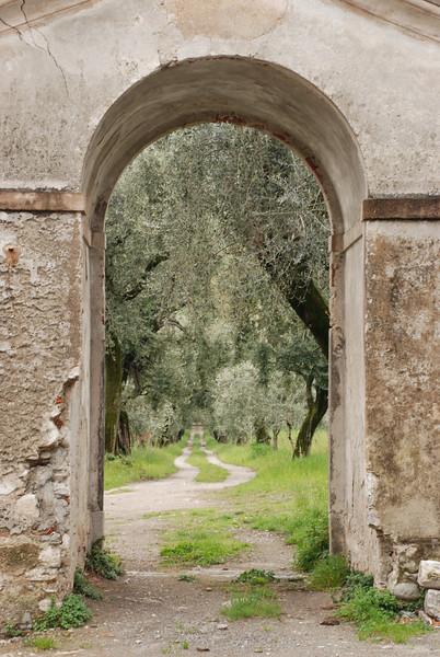 Entrance to a Bellagio villa