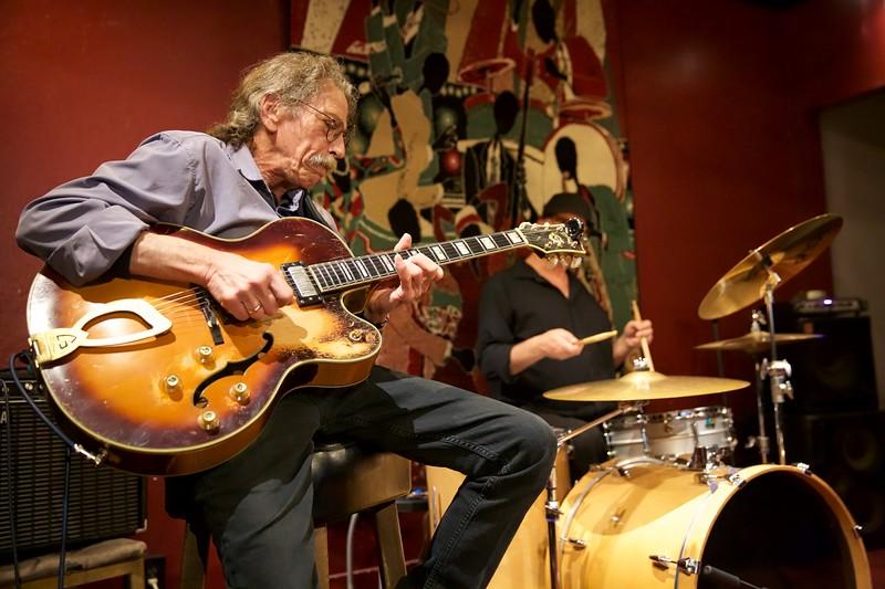 Johnny Guitar Knox memorial2019-01-20 (1).jpg