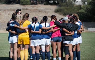 Athletics: Women's Soccer Fall 2018