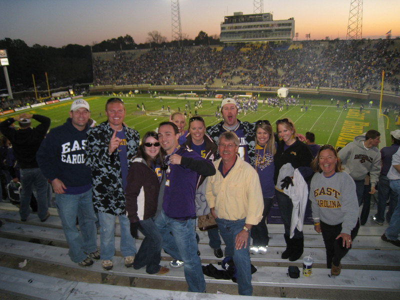 11/28/2009 - ECU vs Southern Miss - Jon Deutsch, JG Ferguson, Heather Webster, Chris Webster, Staci Freeman, Lauren Ingold, Preston Hubbard, Bobby King, Jen Snow, Anne-Stuart Huffington, Vicky Davis-King