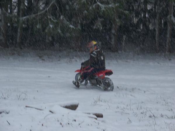 08-12-17 SNOW