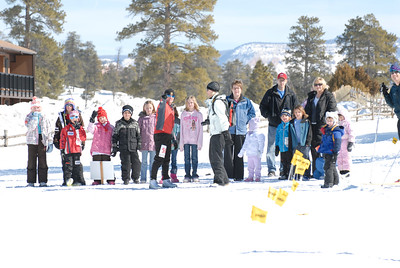 Kids Snowboot Race