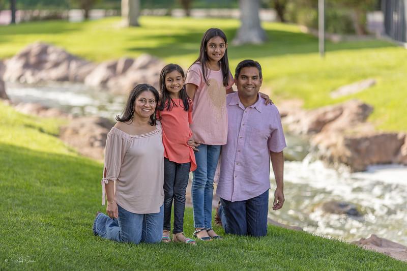 Urvi Family-201.jpg