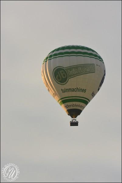 Balonnen boven Zoetermeer