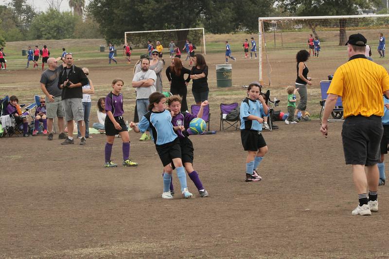 Soccer2011-09-17 10-28-12.JPG