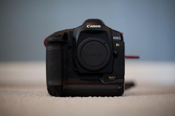 1Ds2 Cameras