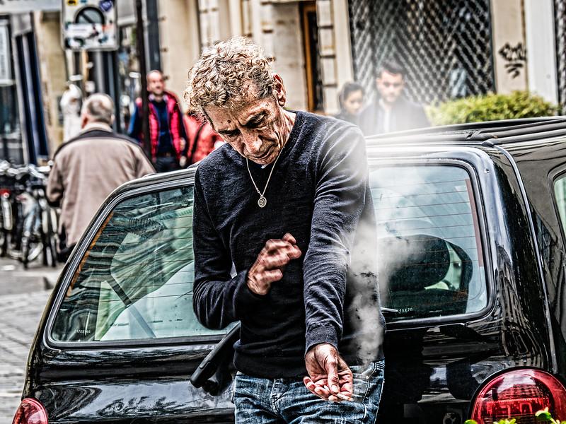 man smoking_1.jpg