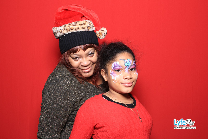 eastern-2018-holiday-party-sterling-virginia-photo-booth-0118.jpg