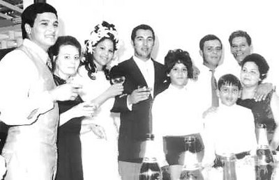 Dundo. BINA ALFREDO PEREIRA E HELDER. Familia Pereira Carlos Pereira, ? ,Bina, Helder ( o noivo), Carla, Mario, Joca, pai Alfredo Pereira e mãe Bininha
