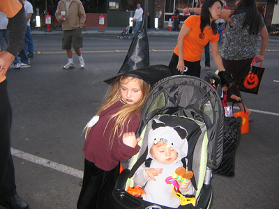 Halloween In Downtown Manhattan Beach