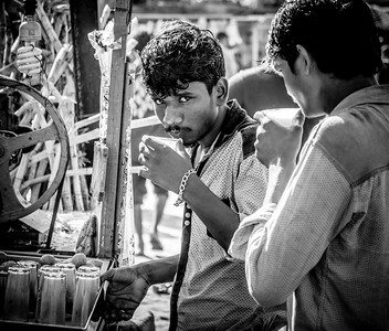 In B&W, Chennai Scenes, March 2017