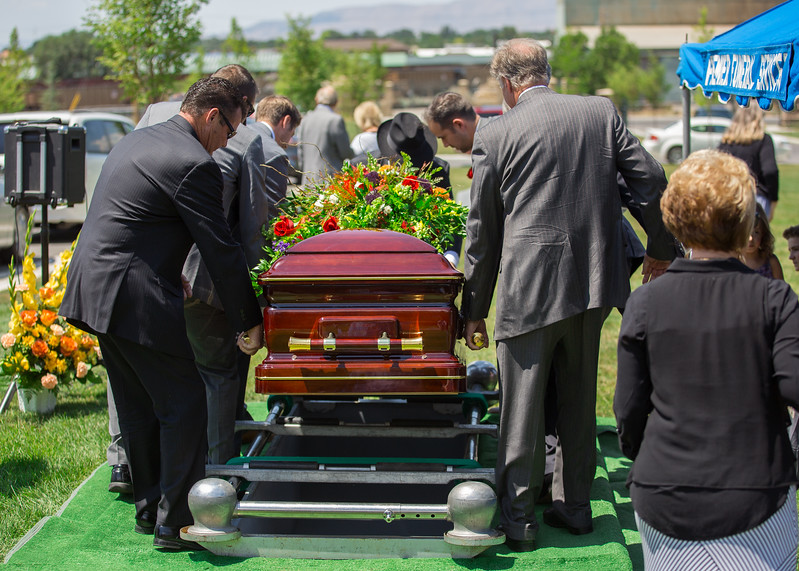 Grandpa Scott Funeral 071.jpg
