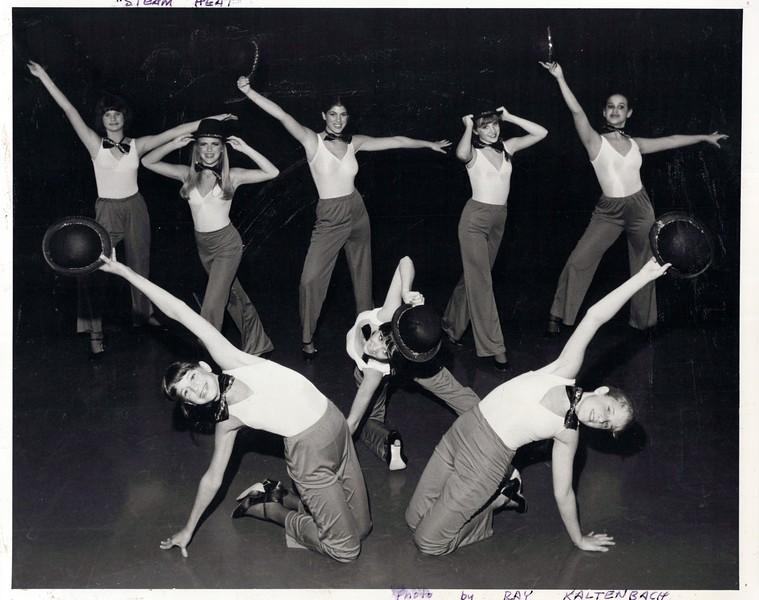 Dance_1026_a.jpg