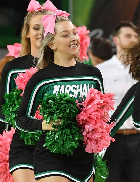 cheerleaders3202.jpg