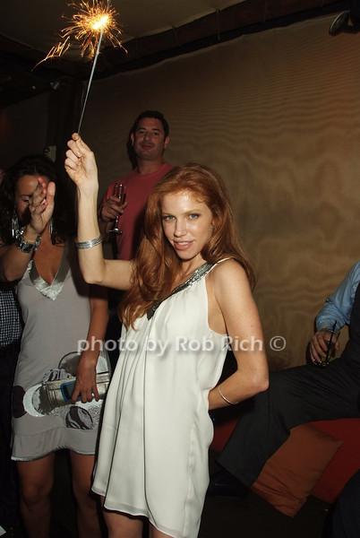Tracy Hanna photo by Rob Rich © 2008 robwayne1@aol.com 516-676-3939
