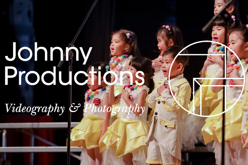 0009_day 1_yellow shield_johnnyproductions.jpg