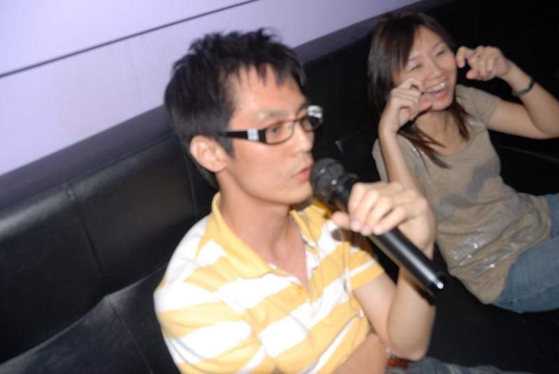 [20100219] Karaoke with ST Cousins @ Neway (33).JPG