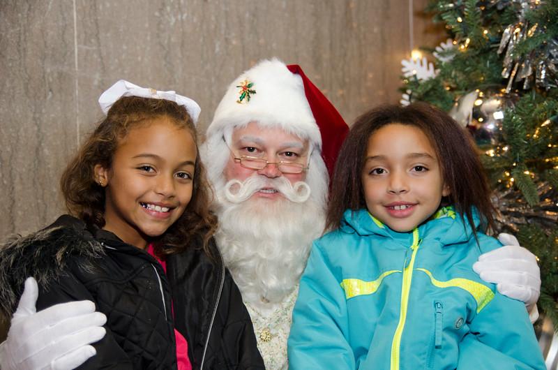 Santa at Grove_55.JPG