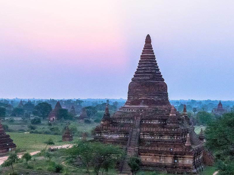 Myanmar Bagan Temples_P1150823.jpg
