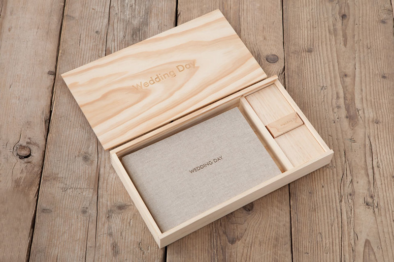 Wooden-Book-&-USB-Box-7.jpg