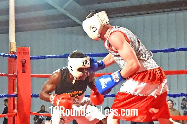 Bout 13 Ryan Allen, Top Notch Boxing -vs- Zi Stalnaker, Terminator BC, 123 lbs, Open
