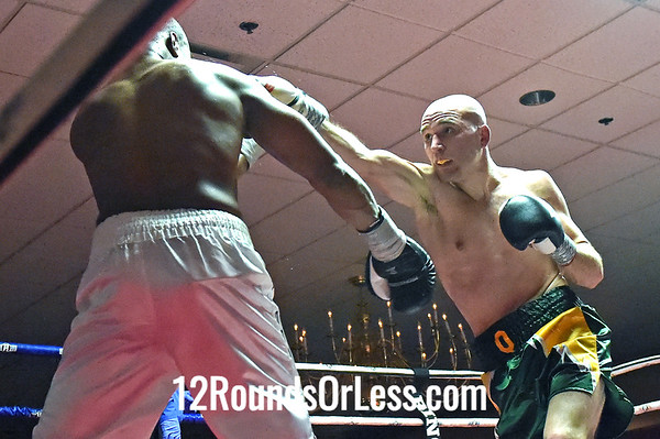 """Bout 7 Aaron """"Quiet Storm"""" Quattrocchi, Follansbee -vs- Jay Holland, Pittsburgh, PA, 180 lbs"""