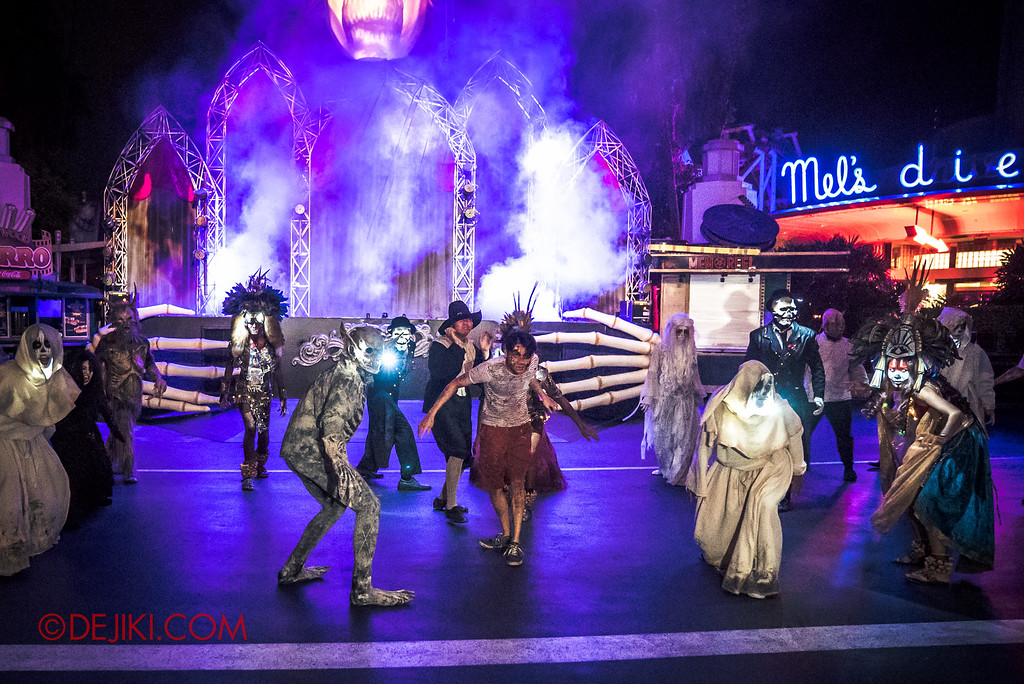 Halloween Horror Nights 6 Final Weekend - Opening Scaremony Rush