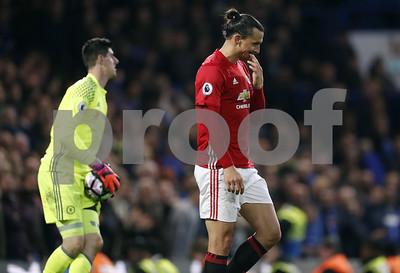 yoesting-mourinho-gets-slammed-in-return-to-stamford-bridge