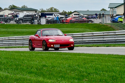 2020 SCCA TNiA Sept 30 Pitt Race Int Red Miata