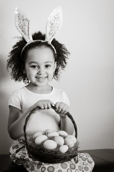 Easter_Elliott and Nevaeh -8875.jpg