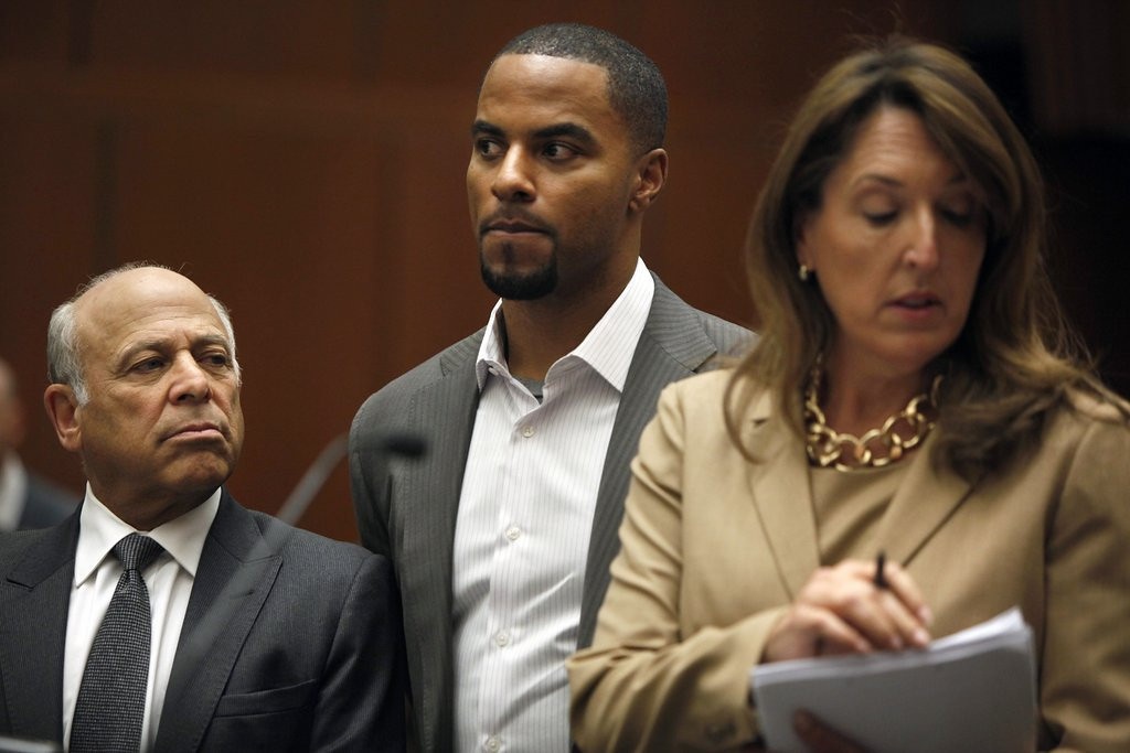 ". <p>2. DARREN SHARPER  <p>Not the first former Viking we�d suspect of drugging and assaulting women. (unranked) <p><b><a href=\'http://www.twincities.com/sports/ci_25143083/former-viking-darren-sharper-charged-rape-california\' target=""_blank\""> HUH?</a></b> <p>    (AP Photo/Los Angeles Times, Liz O. Baylen, Pool)"