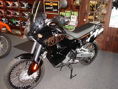 2004 KTM 950 Black