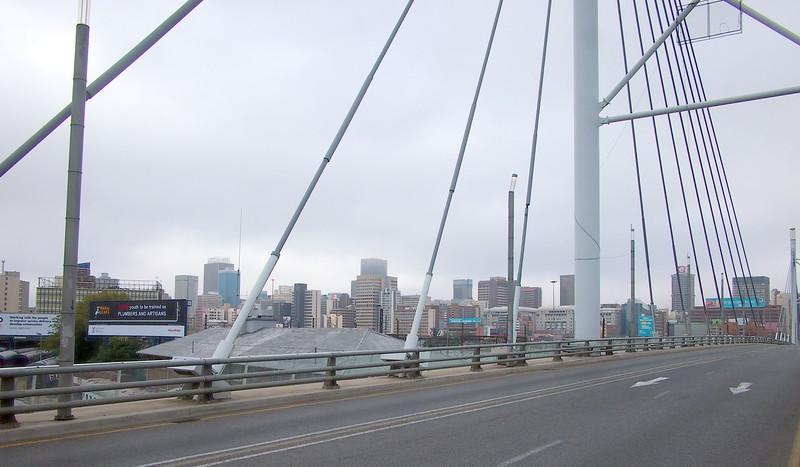 P5015824-mandela-bridge.JPG