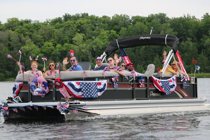 2019 4th of July Boat Parade  (23).JPG