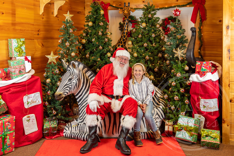 2019-12-01 Santa at the Zoo-7333.jpg