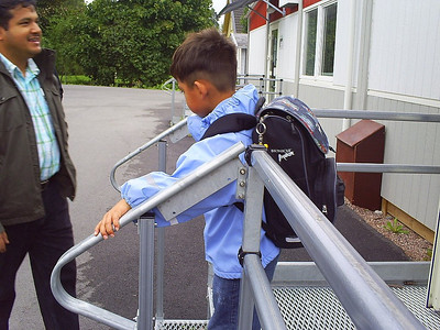 Akif's first day in Sollentuna International School