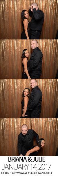 axis photobooth seattle wedding -0400.jpg