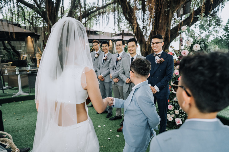 Thao Dien Village intimate wedding.ThaoQuan. Vietnam Wedding Photography_7R36650andrewnguyenwedding.jpg