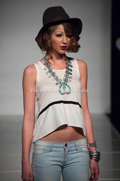 Fashion 08.JPG