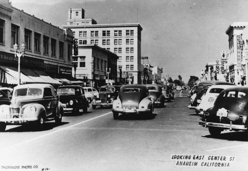 Anaheim-CenterStreet-1948.jpg