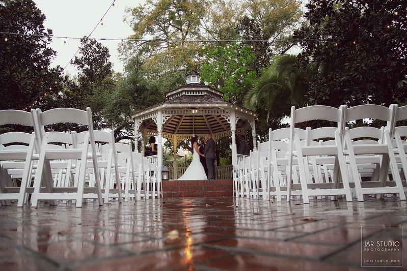17-orlando-rainy-day-wedding-dr-phillips-house-jarstudio-photography.JPG