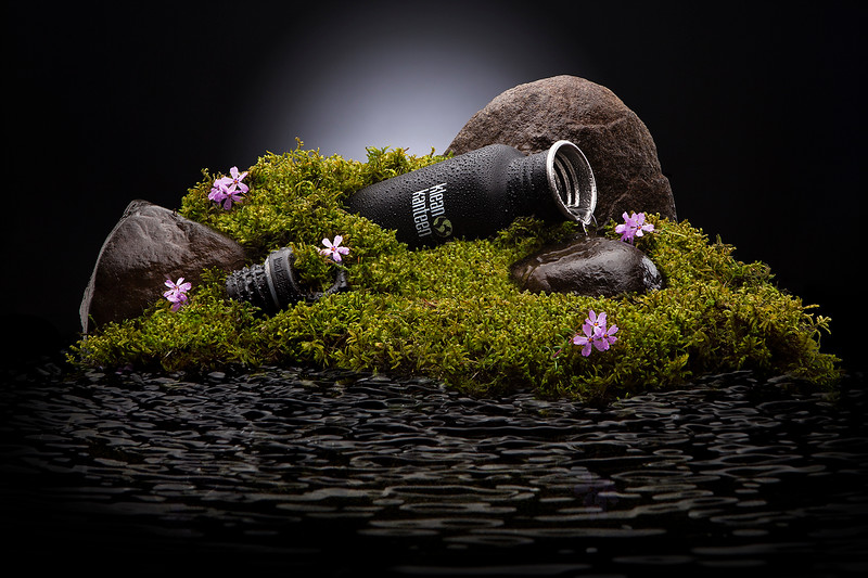 Photographer-David-Filiberti-photo-agancy-NYC-Creative-Space-Artists-Management-still-life-photogrpher-moss pull out final.jpg