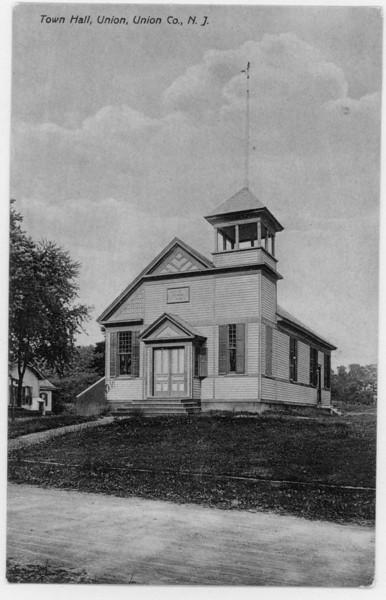 Town Hall cr1900.jpg